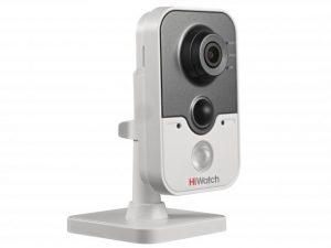 Компактная IP-видеокамера HiWatch DS-I114W с ИК подсветкой и Wi-Fi